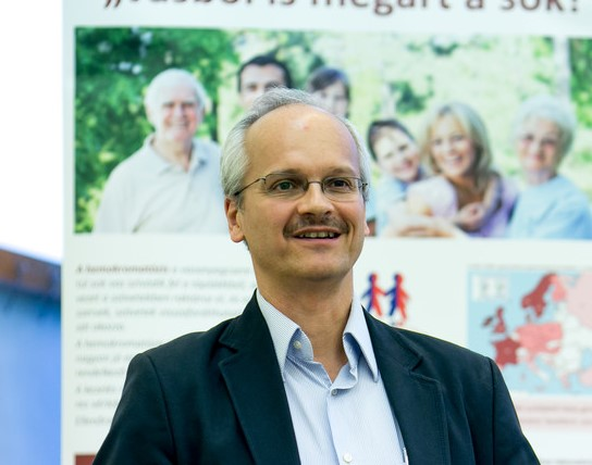 Dr Tóth Tamás